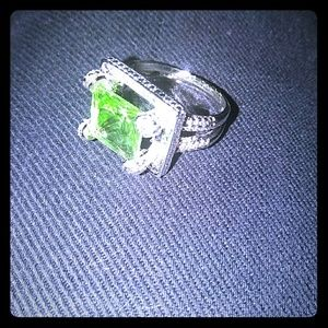 925 green crystal ring
